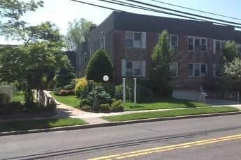 Building, Cedarhurst Park House, 0