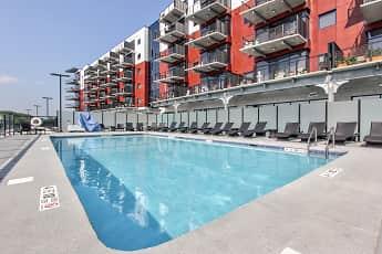 Pool, RiverHouse, 0