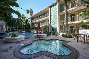 Pool, Vista Catalina, 2