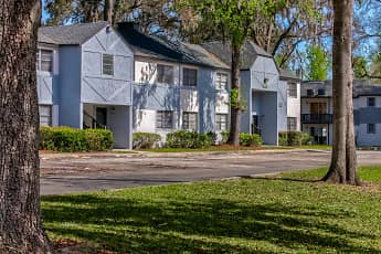 Building, Riverbank Apartment Homes, 0