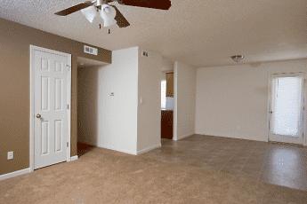 Quail Ridge Townhomes & Apartments, 0
