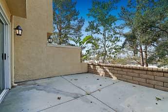 Sycamore Canyon Apartment Homes, 2