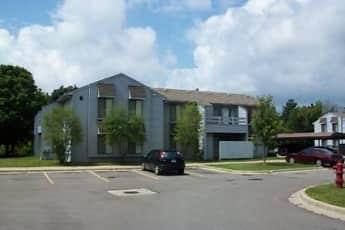 Building, Sparrow Wood Apartments, 0