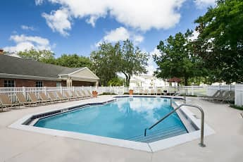 Pool, Lakewood Shores, 0