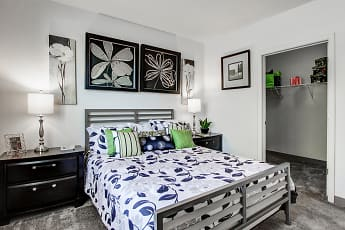Bedroom, Oak Hill Apartments, 0
