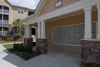 Recreation Area, Highland Hills Apartment Homes, 2