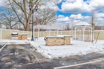 Recreation Area, Oak Street Park Apartments, 2