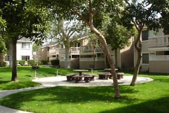 Building, Arborgate Apartments, 1