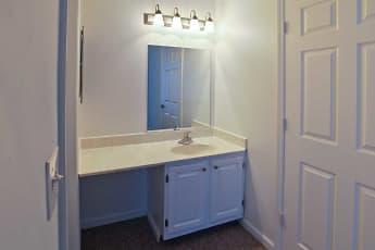 Bathroom, Boulder Pointe, 2