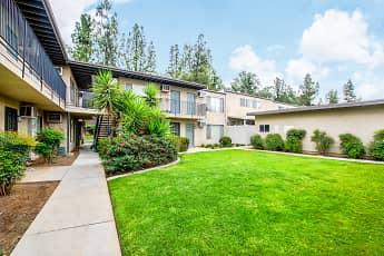 Building, Pine Villa Apartments, 0
