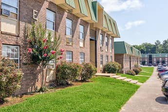 Building, Lanier Terrace Apartments, 0