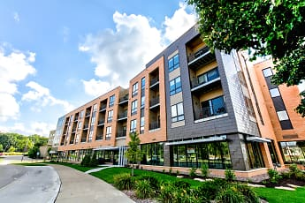 Building, University Crossing, 0