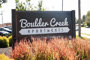 Community Signage, Boulder Creek Apartment Homes, 0