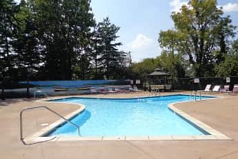 Pool, Yorktowne Farms Community, 0