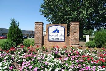 Community Signage, Newport Lake, 2