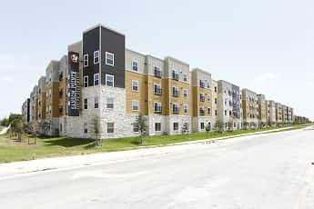 Building, Sansom Pointe 55 + Community, 0