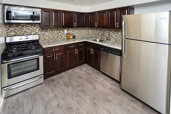 Kitchen, Henry On The Park Apartment Homes, 0