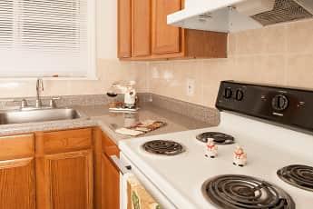Kitchen, Alpine Court East, 2