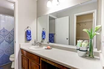 Bathroom, Georgetown Park Apartments, 2