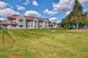 Building, Pondside at Littleton, 0