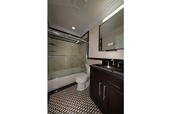 Bathroom, Fairfield Estates at Rockville Centre, 2