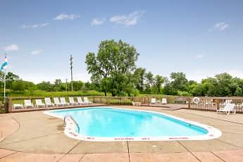 Pool, Medina Village, 2
