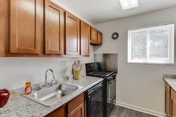 Kitchen, Fairmont Gardens Apartments, 1
