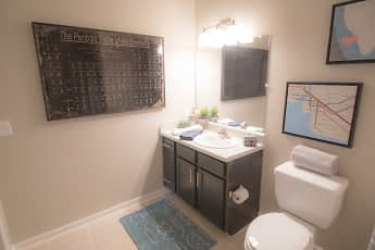 Bathroom, Goodnight Commons, 2