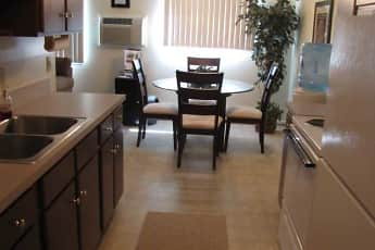 Kitchen, White Oaks West Apartments, 0