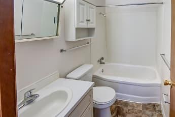 Bathroom, Georgetown South, 2