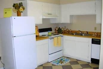 Kitchen, Bent Tree, 1