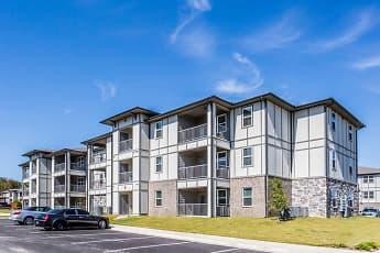 Building, Landmark Apartments, 0
