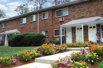 Landscaping, Hillcrest Apartments, 0