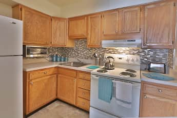 Kitchen, The Willows Apartment Homes, 0