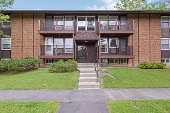 Building, Franklin Park Apartments, 0