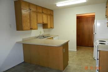 William & Mary Apartments, 0