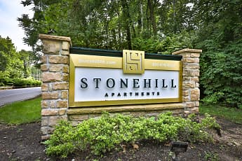 Community Signage, Stone Hill Apartments, 2