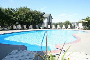 Pool, The Pointe, 0