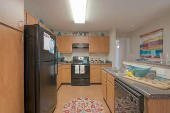 Kitchen, Rio West - Per Bed Leases, 0
