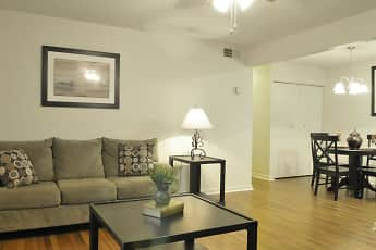 Living Room, Mill Run Apartments, 1