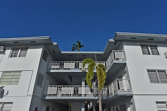 Building, Marine Plaza, 2
