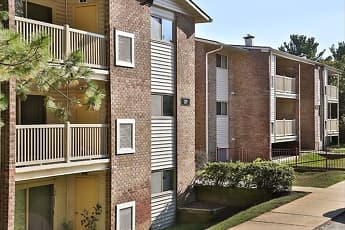 Building, Hilltop Apartments, 0