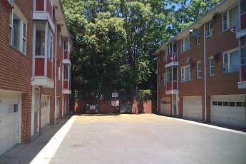 Building, 977-983 Stuyvesant Apartments, 1
