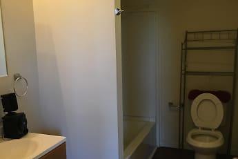 Bathroom, Williamsport Apartments, 2