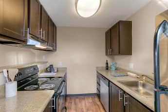 Kitchen, Waters Edge, 1