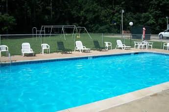 Pool, Pine Tree Village, 0