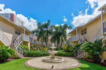 Courtyard, Riverwalk Apartments, 1