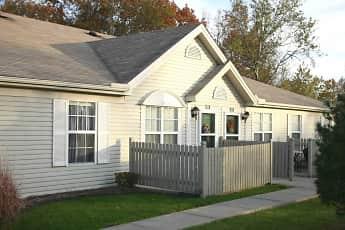 Building, Ashberry Village Apartments, 0