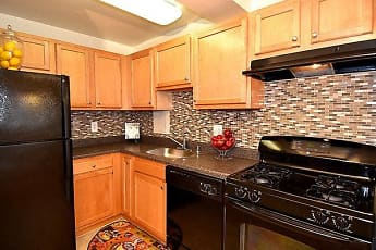 Kitchen, Kings Park Plaza Apartment Homes, 0