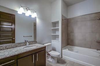 Bathroom, Accent, 2